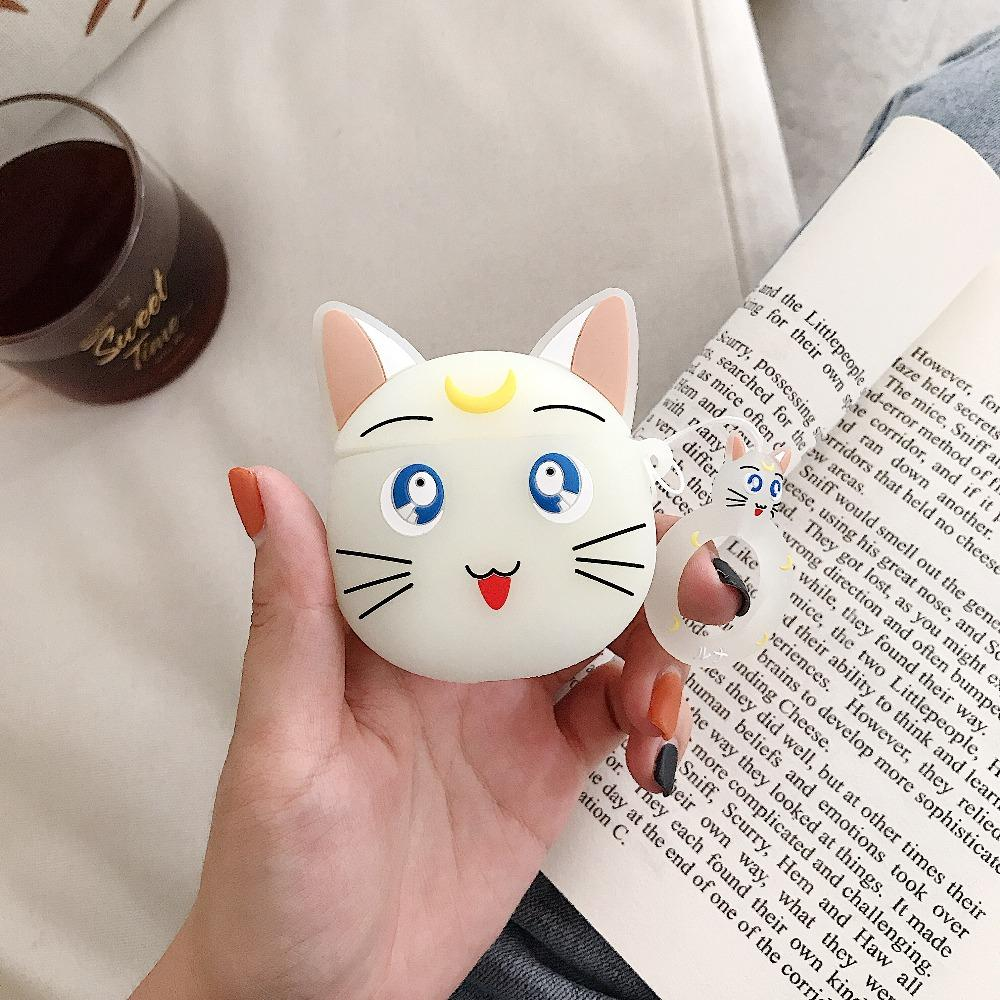 Luna Sailor Moon Apple Airpods Case