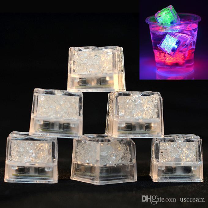 Mini romantico cubo luminoso LED artificiale Ice Cube flash LED Luce Festa di Nozze Decorazione di Natale Flash Ice Cube 200004