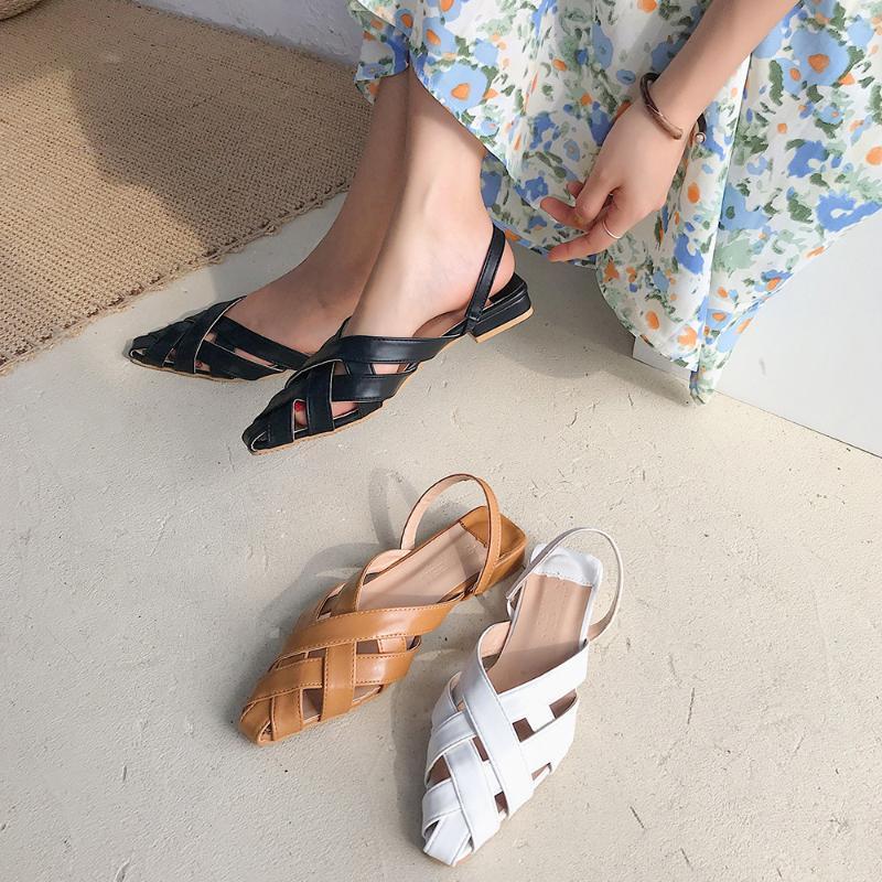 2020 Sommerschuhe kommen neue Frauen Sandalen flache Ferse weiß schwarz Frauenschuhe flache Weiblich Sandalen Damen