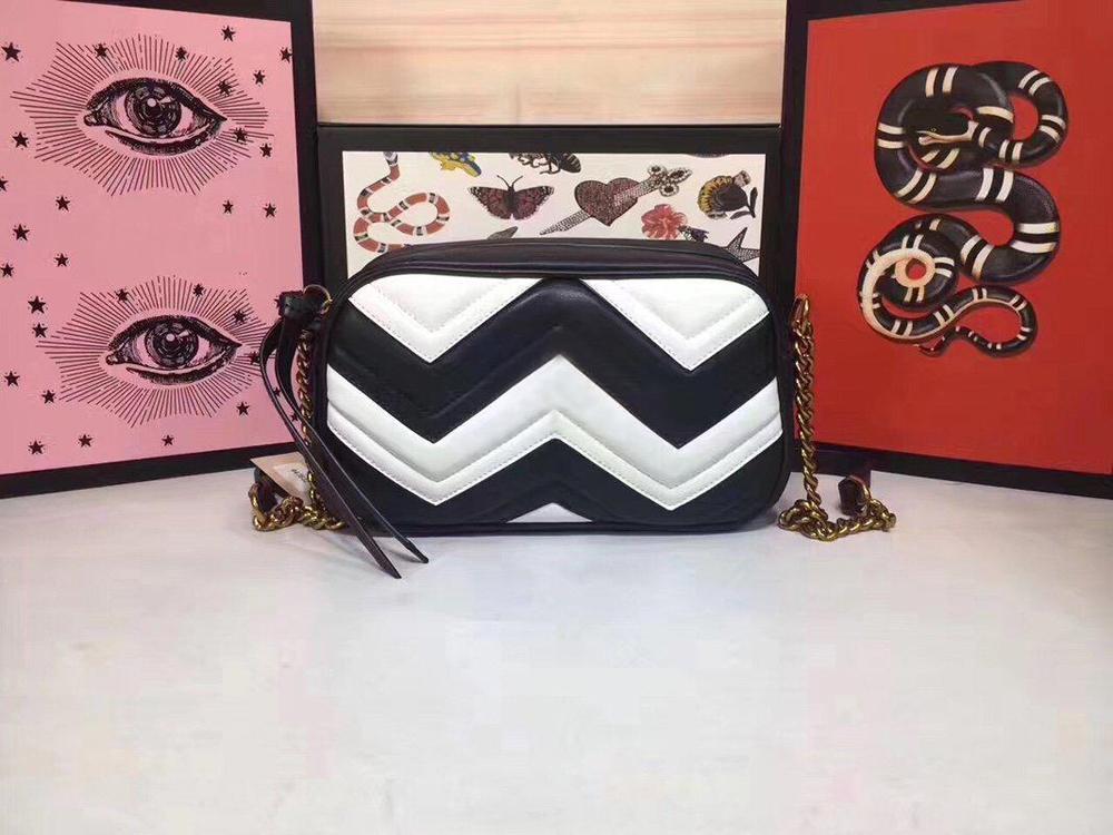 Frauen Designer Schultertasche Love Heart Ladys Tasche Mini-Kette Flap Umhängetasche Handtaschen-Qualitäts-Echtleder gesteppte Handtasche 10 Farben