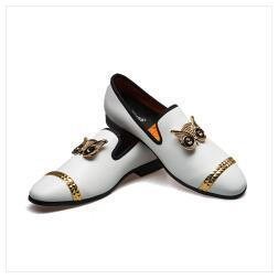 Europa de cabeça redonda de metal sapatos casuais homens do desenhista mocassins veludo oxfords masculinos de couro formal sapatos Sapato Masculino social