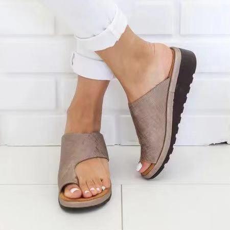 Sapatos Pantufas Platform Slipers Mulheres Slides 2020 Escândalos Verão Plano de borracha PU Fretwork Tecido Chinelos Mulheres Verão