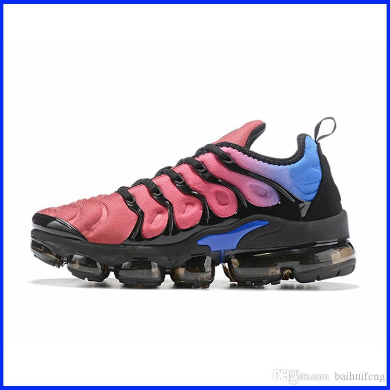 Yeni TN Artı Tasarımcı Sneakers Womens TNS Ayakkabı Açık Gym Fitness Ayakkabı Satışı Beyaz Siyah Mavi Kırmızı Spor Eğitmenler Chaussures