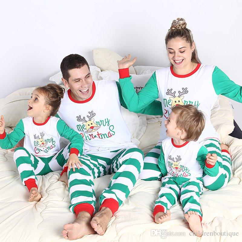 Christmas Family Pajamas Set 2019 Christmas Pajamas Family Matching Outfits Mother Daughter Father Son Stripe Letter Family Sleepwear Nighty