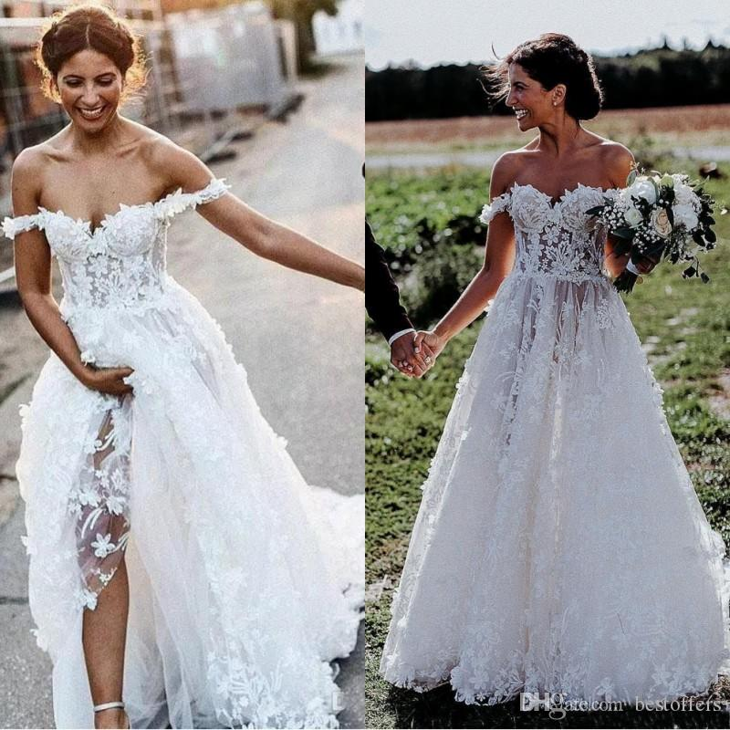 2019 Vintage Bohemian Wedding Dresses Off The Shoulder Lace 3D Floral Appliques A Line Beach Wedding Dress Sweep Train Cheap Bridal Gowns