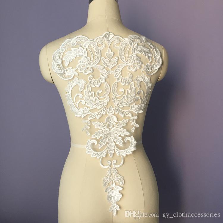 Soluble dans l'eau d'or Embroideried dentelle Applique Robe de mariée Accessoires de dentelle main bricolage coudre des pièces LP008