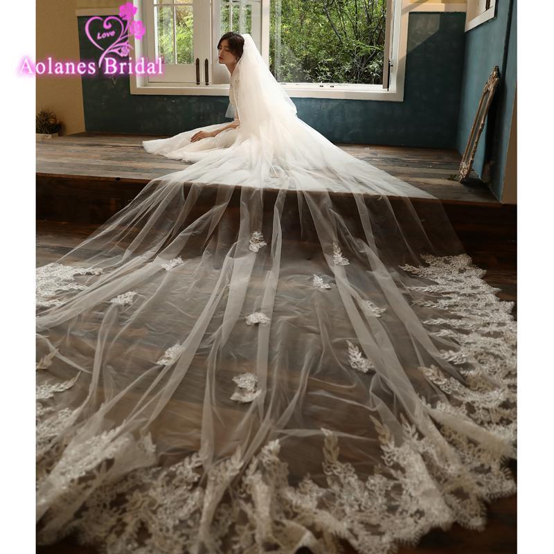Il nuovo disegno di Bling paillettes pizzo Villus 3,5 metri di lunghezza velo da sposa con il pettine Cattedrale di lusso Lunghezza Natura Bianco Longbridal Veil