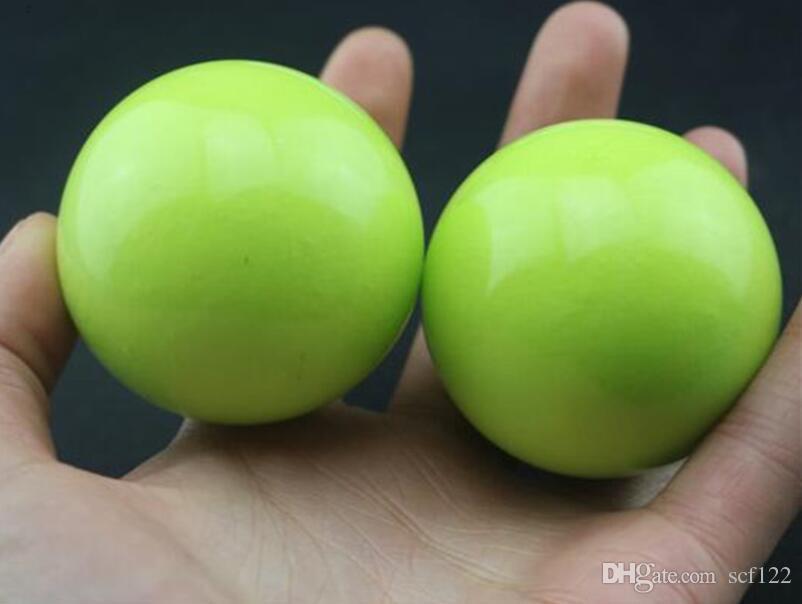 الجملة اليشم كرة اليد الجملة اللياقة البدنية الكرة الطبيعية تدليك اليشم الخيزران ورقة خضراء للعب كرة اليد 10 يوان لنشر البضائع