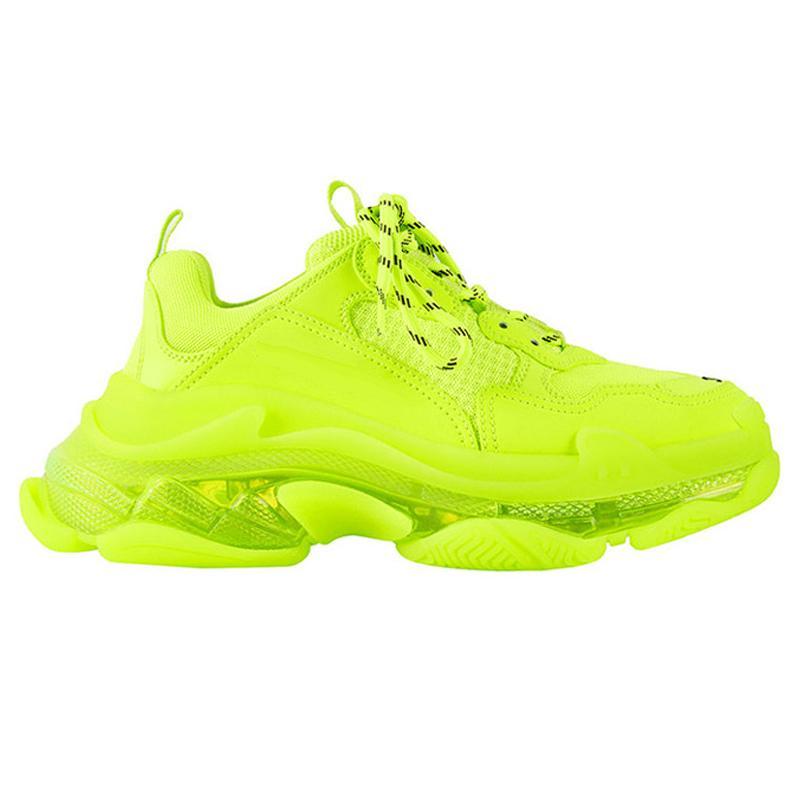 Sneakers 2020 Triple-s della moda di Parigi 17FW triple s per le donne degli uomini Nero Rosso Bianco verdi casual sneakers papà scarpe da tennis crescenti con box