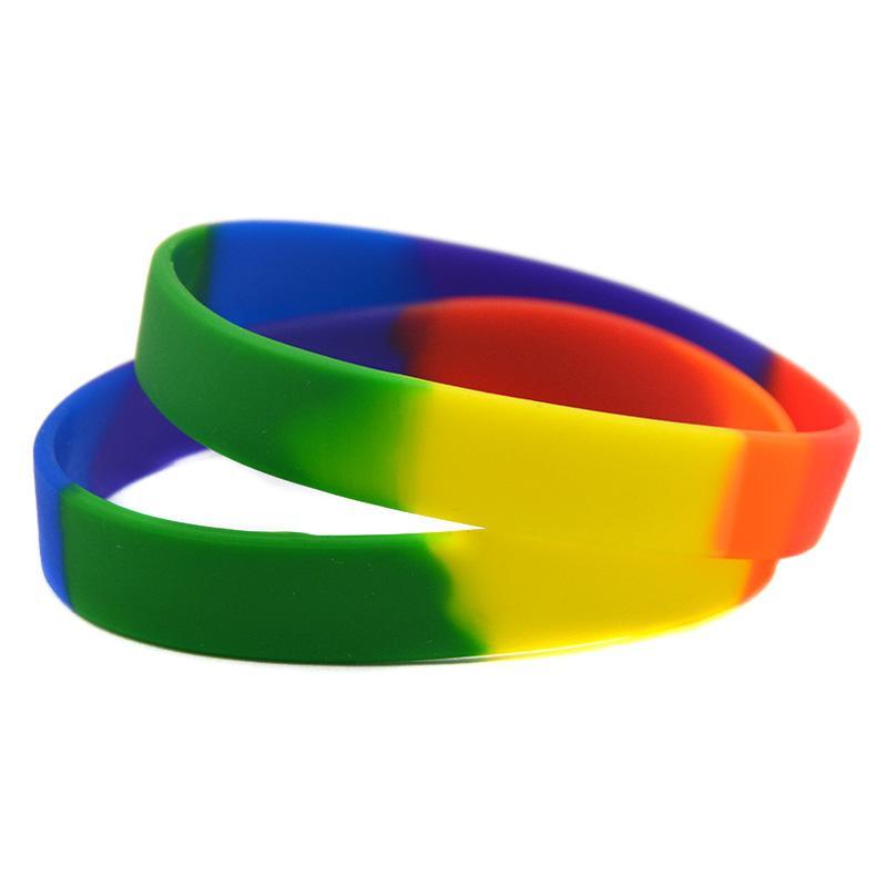50 adet / Lot Düz Gökkuşağı Pride Silikon Mutilayered Kauçuk Bileklik Yetişkin Boyut Yeni Moda Gey Lezbiyen Charm Bilezikler Bileklik Bileklik