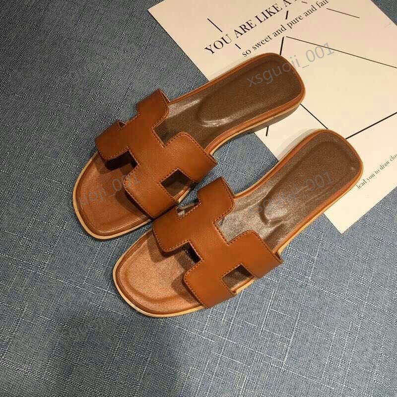 Hermes slippers 2020 Ücretsiz teslimat Fransız yeni Lian moda yaz terlik kadın deri kalın ve rahat ayakkabılar Hococal yüksek topuk sandalet boyutu 35-42