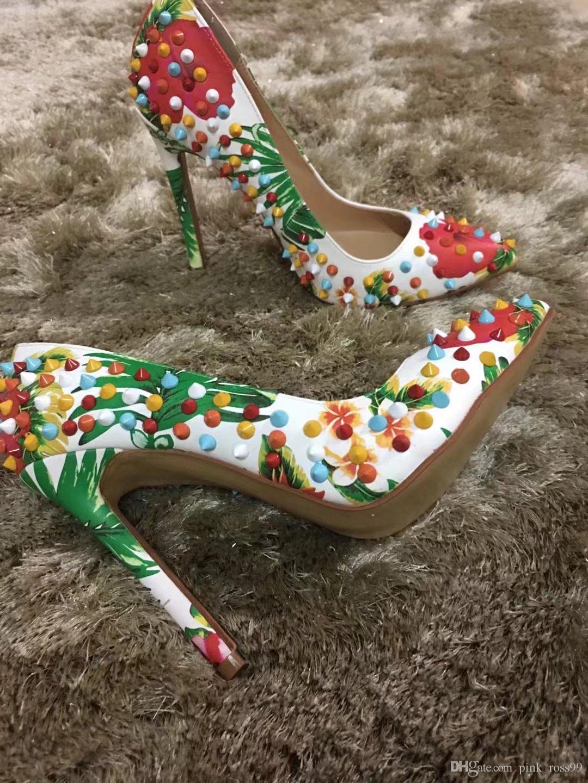 Livraison Gratuite 2019 Dames en cuir 12CM stiletto talons hauts rivets imprimés point de pillage orteils robe chaussures pompes Partie de mariage paisley 34-45