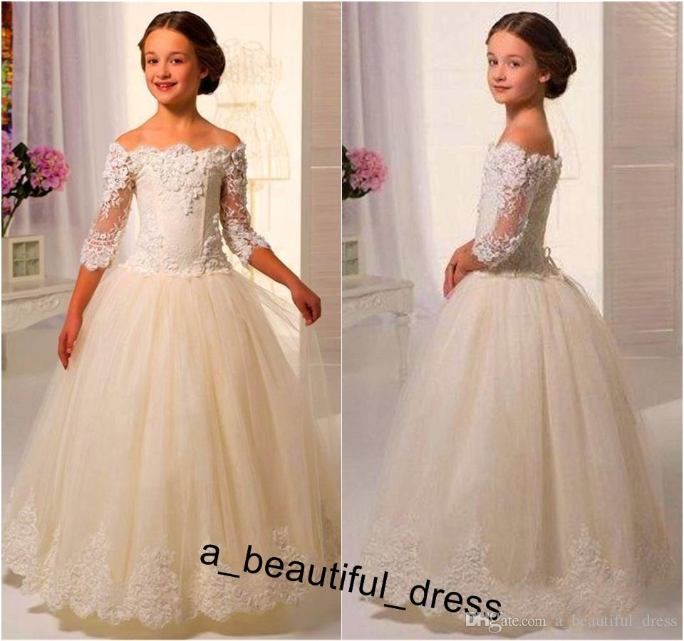 Cute Lace Flower Girls Dresses A Line Bateau Half Sleeves Girls Pageant Dress Floor Length Children Holy Kids Birthday Party Gowns FG1256