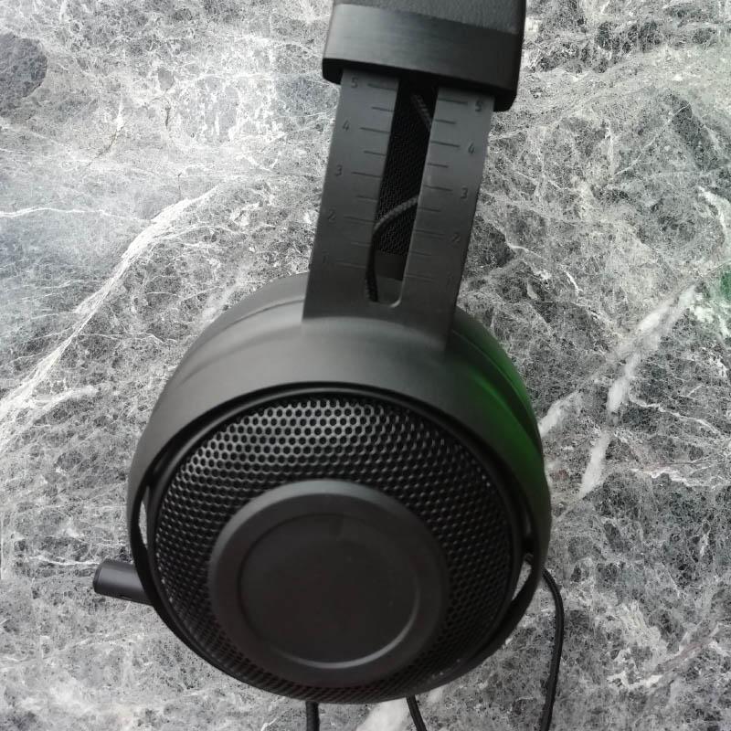 2020 Razer Kraken Pro V2 Analog Sports Gaming Headset Wired Headphone for PC MAC PS4 XBOX ONE Mobile Device 5pcs DHL