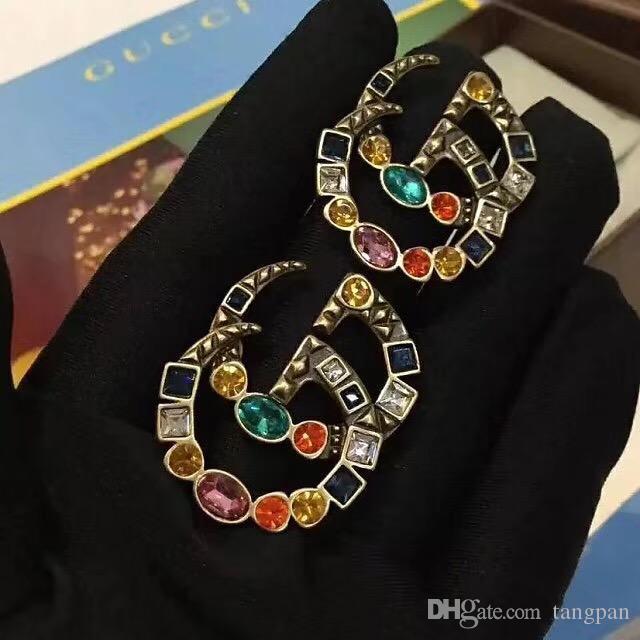 2019 europäische und amerikanische berühmte Marke Ohrringe vergoldet bunten Buchstaben Mädchen Ohrringe weibliche Partei Hochzeit exquisite Geschenke
