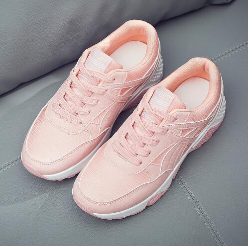 2019 Bahar Yeni Kore Tasarımcı Takozlar Pembe Beyaz Platformu Kadın Ayakkabı Lace Up Siyah Tenis Feminino Rahat Ayakkabılar Kadın