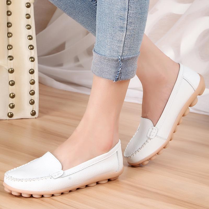 Eski düz taban bezelye yumuşak ayakkabılar hemşire beyaz ayakkabılar Yeni İlkbahar ve Sonbahar anne ayakkabılar.