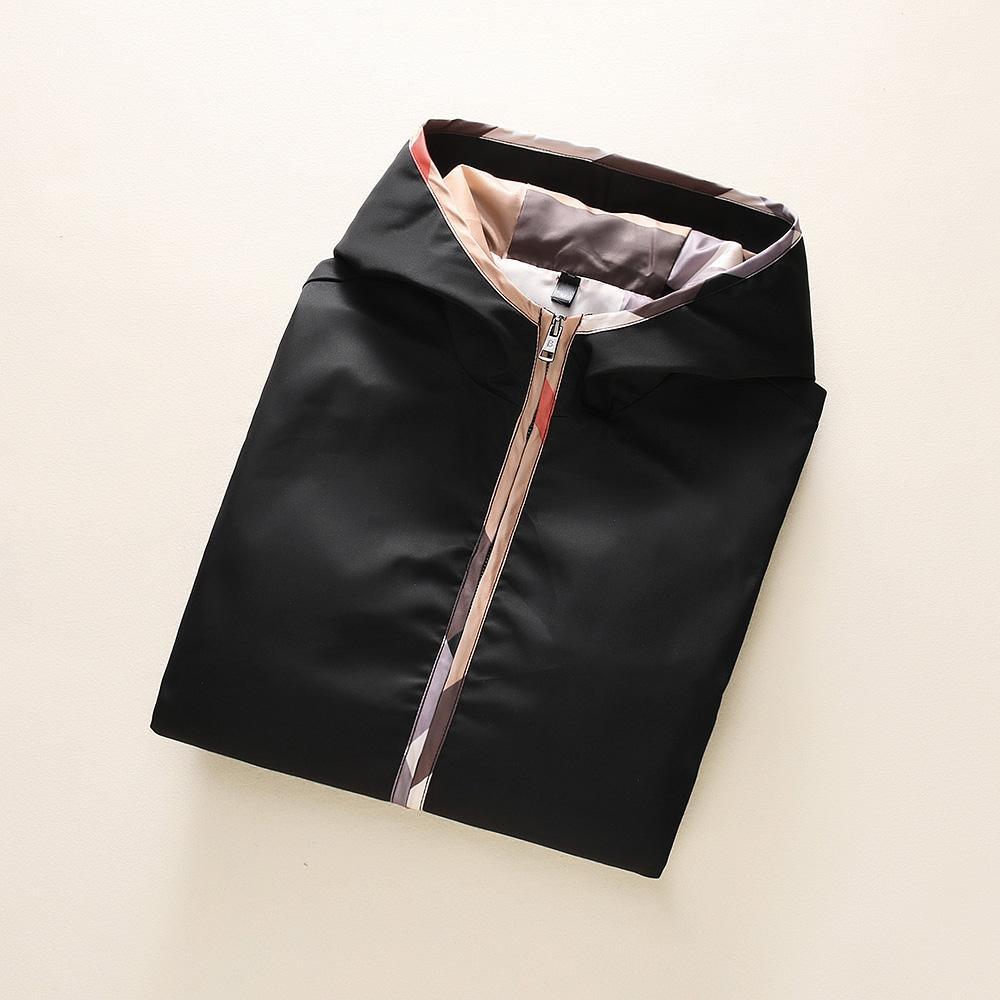 Chaquetas para hombre del diseñador otoño e invierno Nueva capucha cremallera chaqueta de punto chaqueta de tendencia temperamento de la manera Burrbberry sólida simple color de la capa # 6