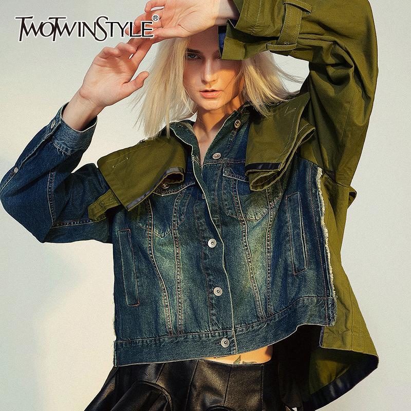 TWOTWINSTYLE Сыпучие Fit срощенной Hit Color Short Denim Jacket новые нагрудные с длинным рукавом пальто женщин Мода Tide осень зима 2019