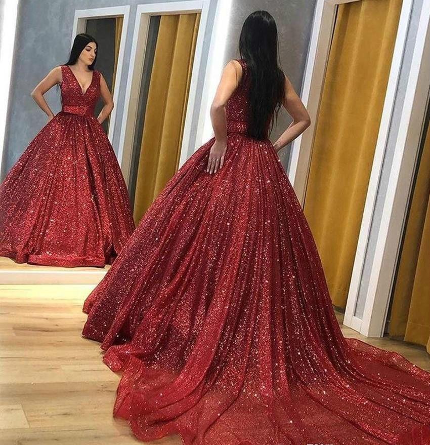 Vestido de noche árabe rojo de Dubai 2019 Barato Una línea de lentejuelas Desfile de vacaciones Vestido de fiesta formal Vestido de fiesta por encargo Tallas grandes