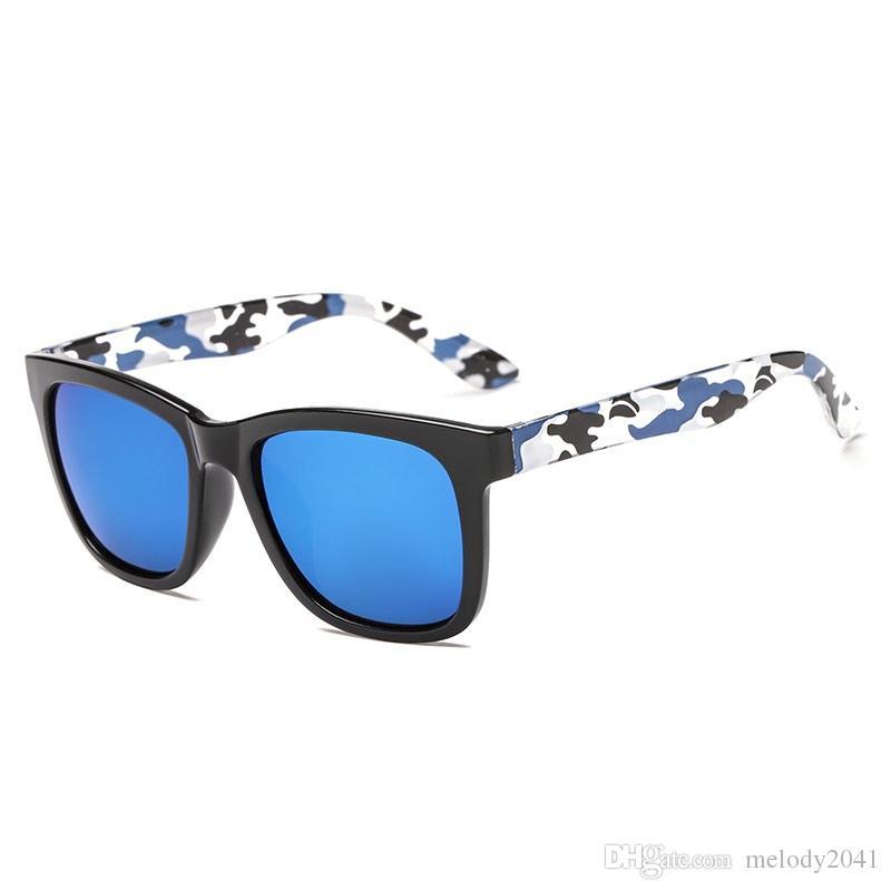 Мода пластиковые солнцезащитные очки с красочными камуфляжными ногами зеркальные линзы дизайнерские очки для женщин и мужчин UV400 оптом