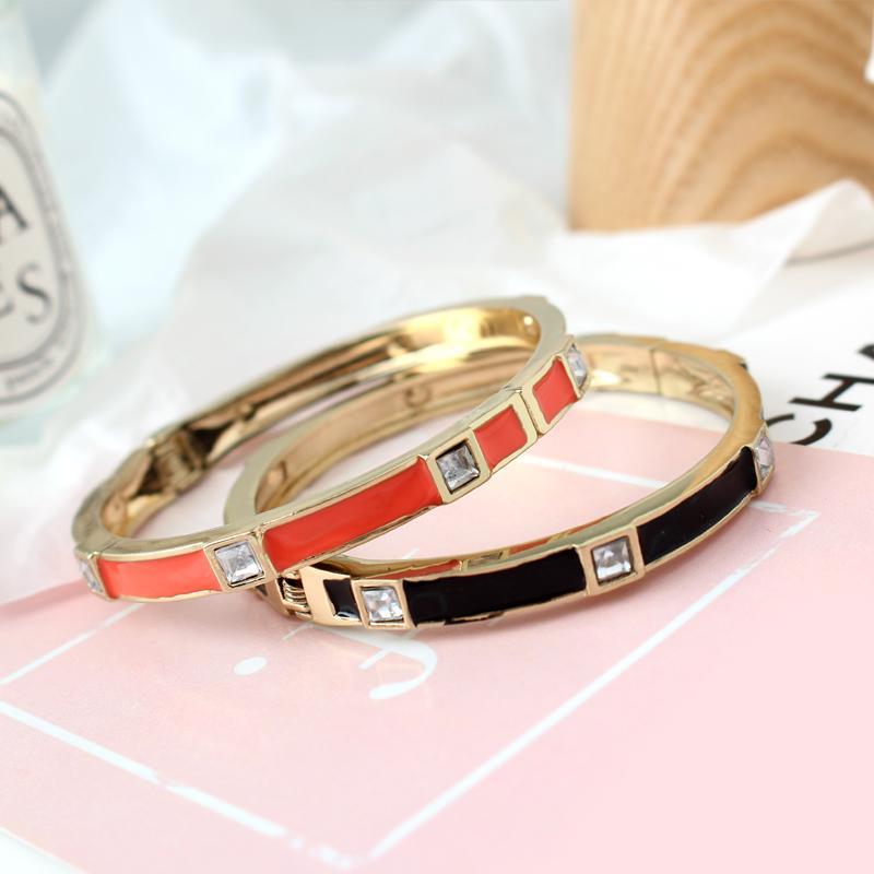 Marca de moda pulseras de las mujeres de los brazaletes abierto del manguito Diseño Esmalte Crystal brazalete de la joyería de oro de lujo en partido de la muchacha de las mujeres