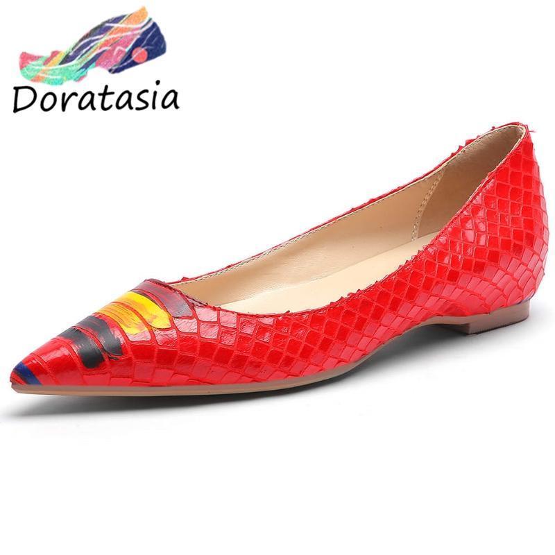 DORATASIA Новая девушка Прохладный Повседневная Лепнина Квартиры Fashion Party Красочный Graffic Квартиры Женщины 2020 Низкие каблуки женской обуви