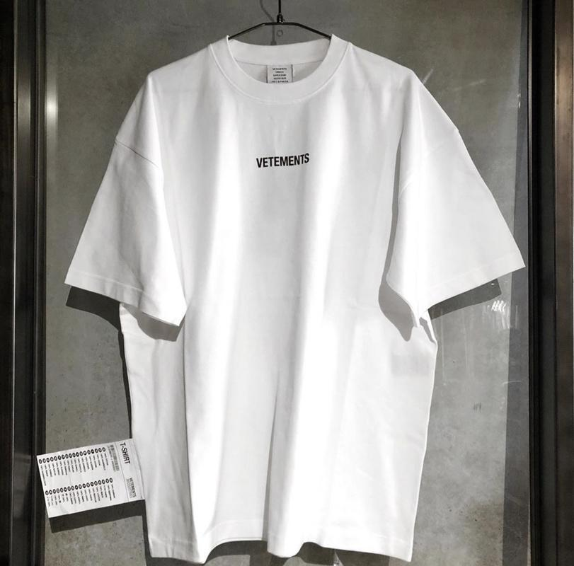 19SS taille UE Vetements T-shirt Loose Fit Style 1: 1 Top T-shirts Streetwear Vetements Hip Hop Fog Vetements T-shirts Hommes Femmes T200224