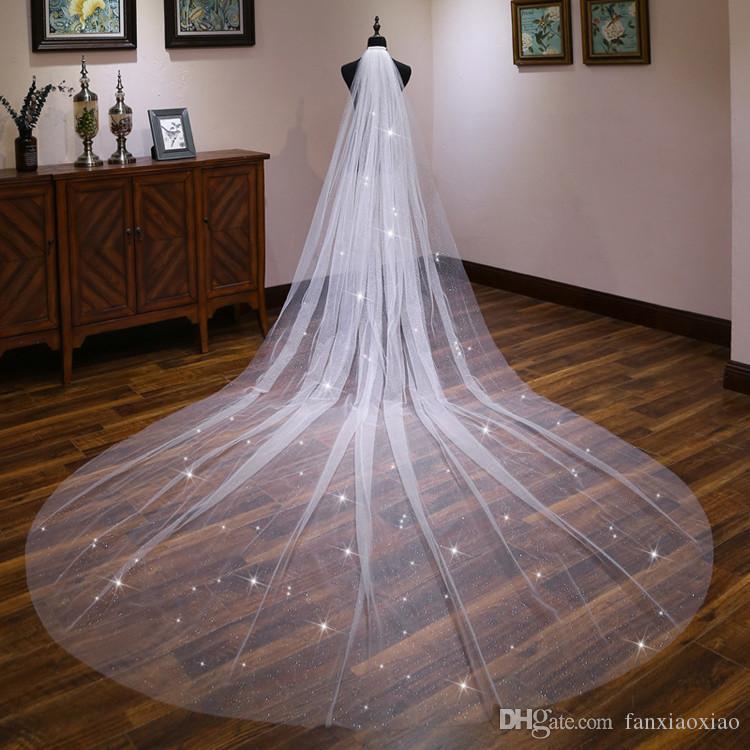 2019 nouvelle mariée mariée longue de mariage blanc dentelle fils de fils nus fleurs longue queue pulvérisation or voile or femme