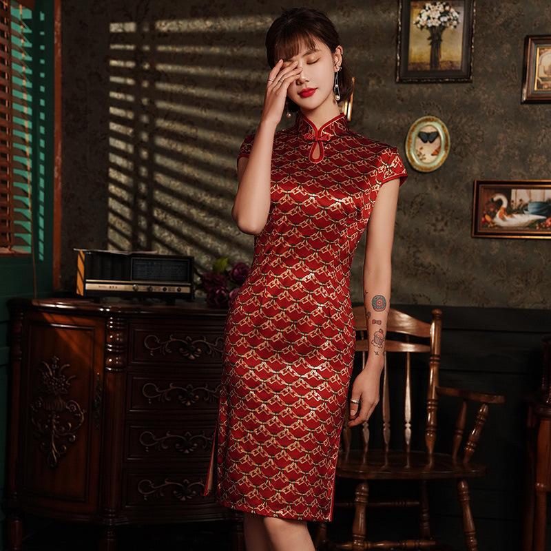 امرأة صينية فستان من الحرير Cheongsam زائد مقاس 4xl فستان أنيق