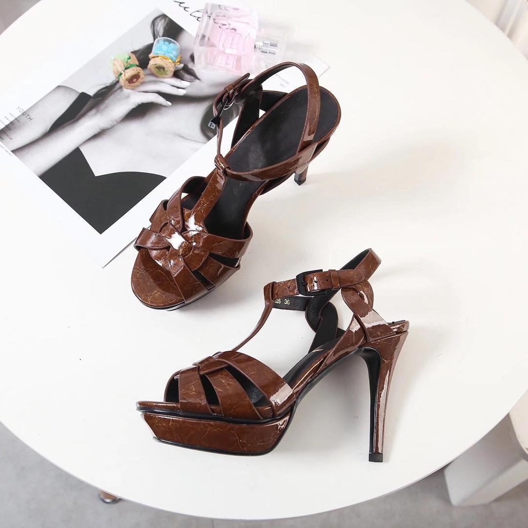 Sandalen - neue Frühjahr 2019 Damenschuhe Keramikdruck-Serie Damen-Sandalen mit hohen Absätzen und Laufsohlen