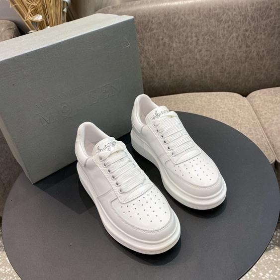 Fashion breathable casual sneakers Outdoors Shoes tide Women's lace up flat shoes