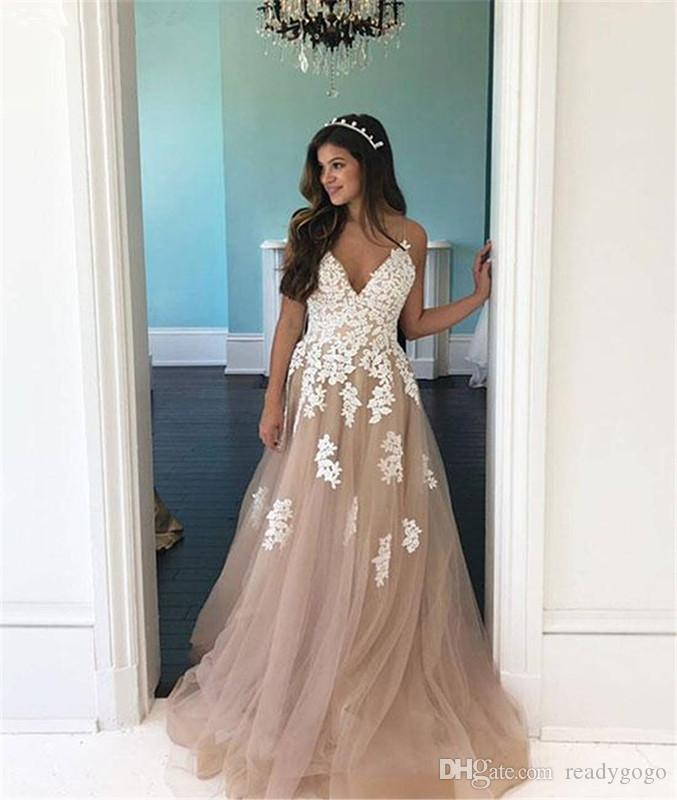 Champagne Lace Tulle Prom Formal Dresses 2019 Sexy V-neck Full length Spaghetti Straps Sweep Train Occasion Evening Wear Gowns