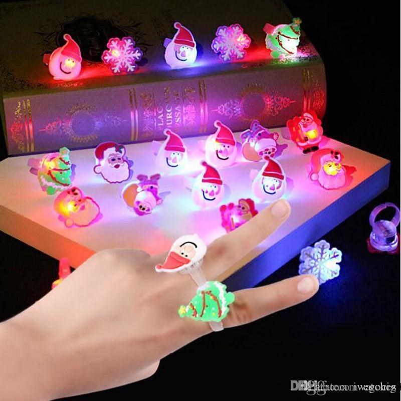 Led Karikatür Halkalar Sevimli Noel Sönüyor LED Işık Yukarı Jelly Yumuşak Parmak Yüzük Işıklar Flaş Aydınlık Halkası Oyuncak Dekorasyon SERBEST DHL Malzemeleri