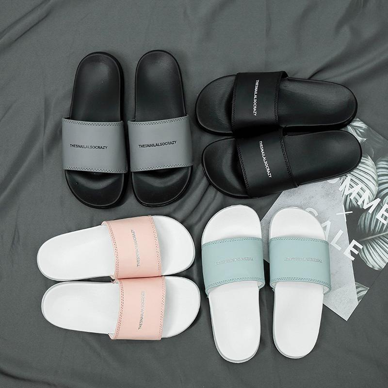 T111 nuove donne degli uomini dei sandali di qualità buone scarpe diapositive Summer Fashion ampio appartamento Slippery Con sandali spessi Slipper Infradito