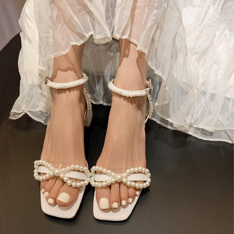 INS новая мода женщина белый жемчуг открытый носок короткий низкий каблук сандалии летние реальные фотографии
