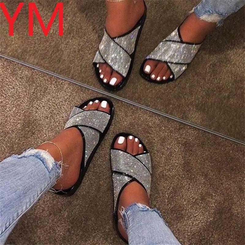 2020 mulheres primavera / verão de camada dupla sandálias strass fivela externa selvagem chinelos de praia Ladies Home viagens de lazer flip flop