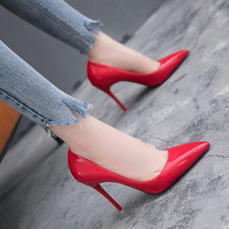 Hot Sale-Pumpen-Dame-Partei Schuhe Sole Frauen Brautschuhe Braut Chaussures Femme Dames Schoenen dünne Fersen