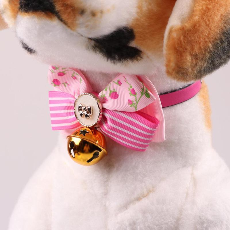 Yeni Sevimli Noel Köpek Tasmaları Ile Pet Yaka Ilmek Bells Charm PU Kolye Yaka Küçük Köpekler Kedi Pet Malzemeleri Için