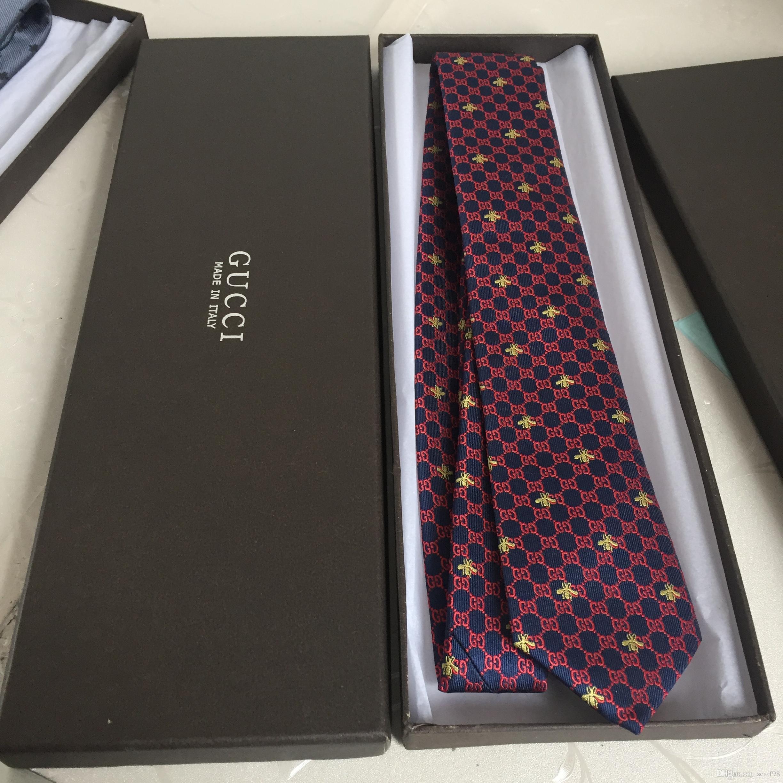 고품질 실크 넥타이 남자의 디자이너 자카드 넥타이 상업 실크 브랜드 넥타이 7.0cm 선물 상자 포장
