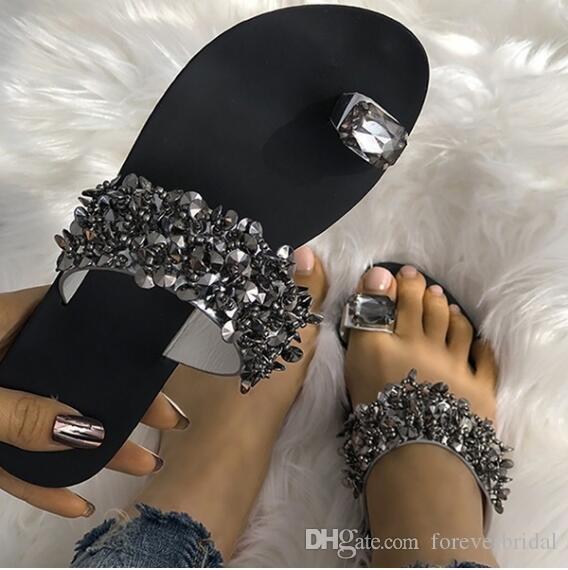 Primavera Verão Moda Diamante Chinelos Chinelos Mulheres Chinelos de Praia de Cristal Designer Shiny Senhoras Sandálias Slides Sapatos Para O Casamento