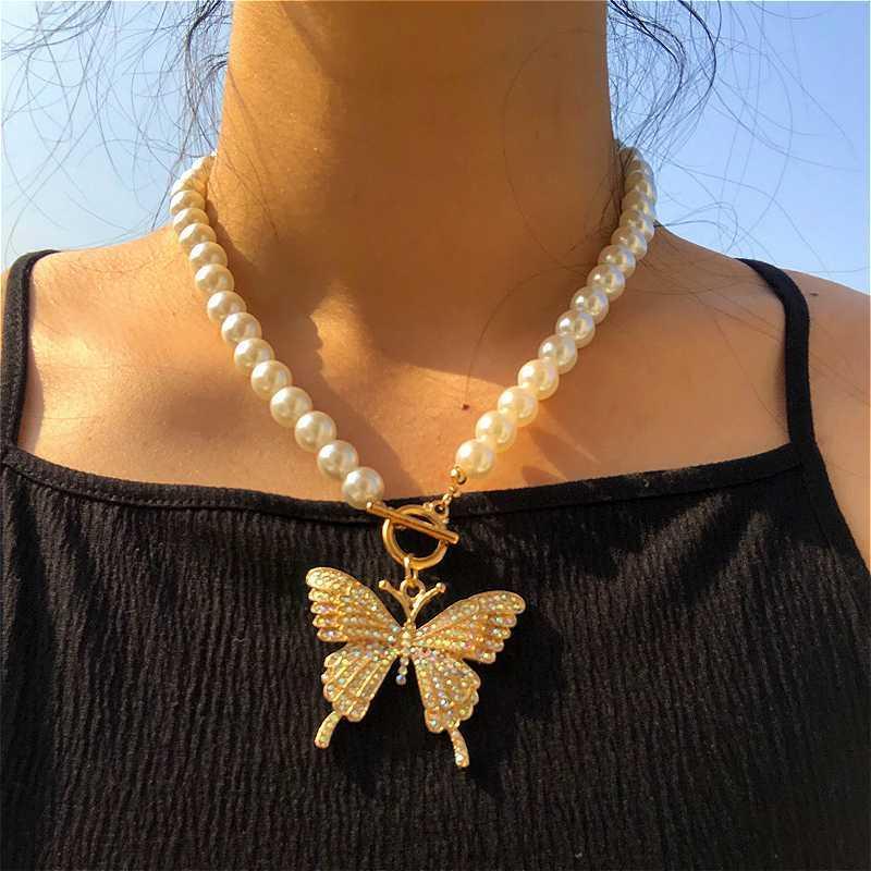 Moda strass pendente della farfalla collane per le donne in rilievo catena gioielli perla simulata Girocollo Collana Boho