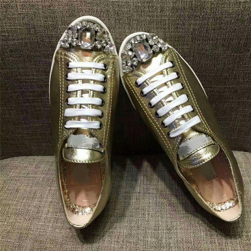 2019 véritables chaussures de sport en cuir femmes métal Paillette décor strass paltform plat chaussures de sport en cristal d'argent d'or talon dames