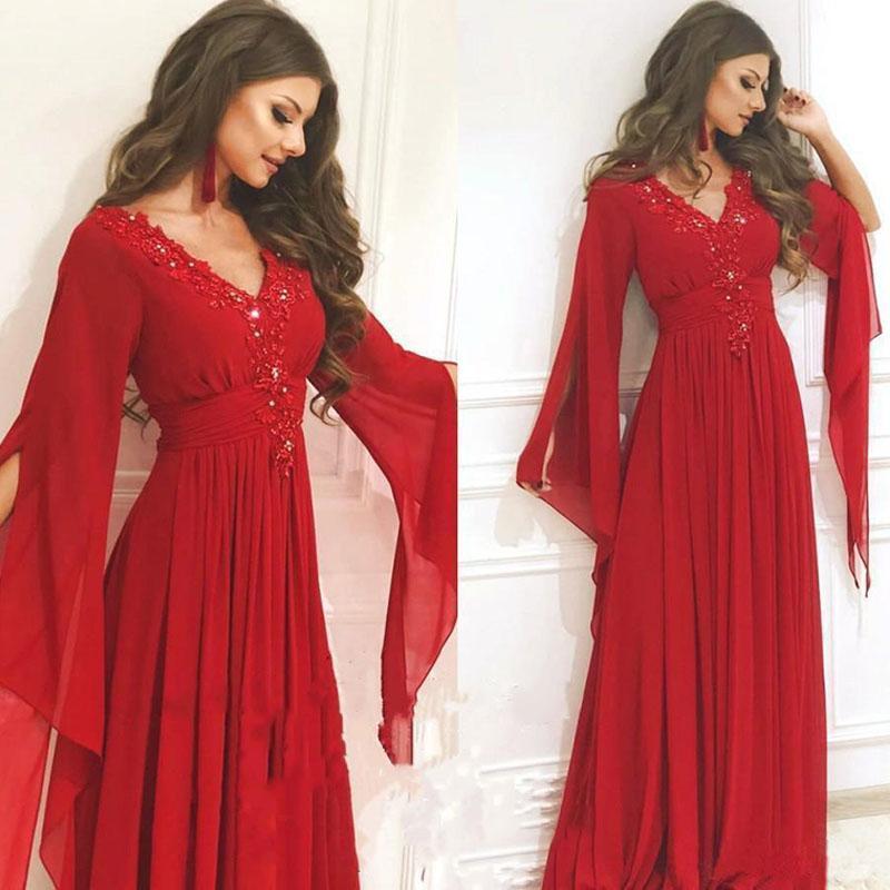 Une ligne Robes de soirée à manches longues dentelle perlée Applique en mousseline de soie plissée Parti robe de bal parole longueur robe Parti formel