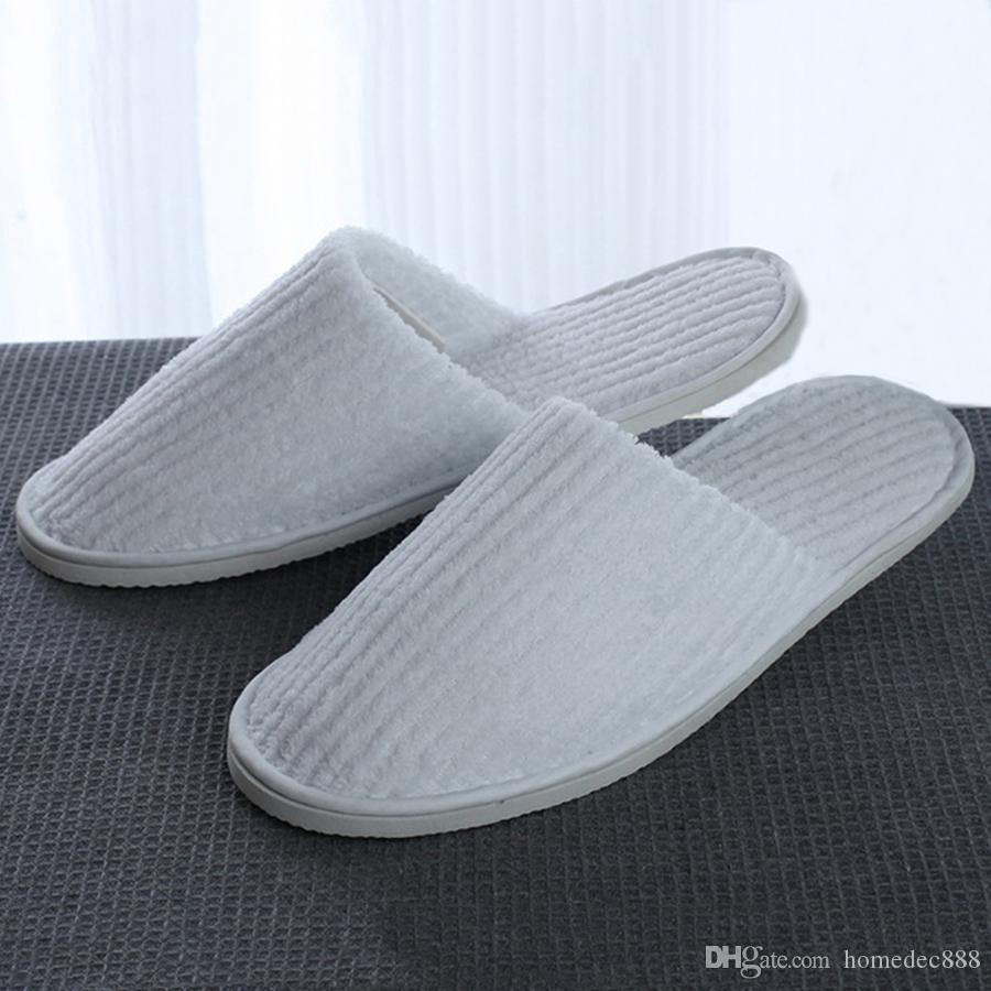 Chinelos descartáveis Coral Fleece Anti-slip convidado para casa Thicken Travel Hotel branco macio confortável chinelos descartáveis delicadas DH0610