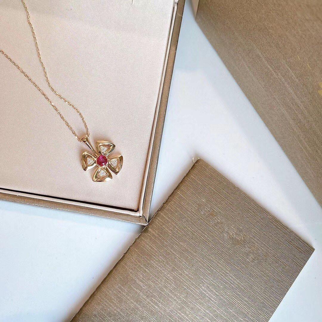 mit neuer Halskette roten Diamanten Nagelkopf und hohe Qualität 925 Sterlingsilber überzogen 18 Karat Roségold Halskette Rose