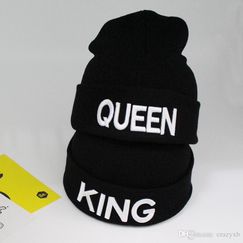 Mützen Kappe König Königin Brief Stickerei Warme Winter Hut Gestrickte Kappe Hip Hop Männer Frauen Liebhaber Straße Tanz Motorhaube Skullies schwarz