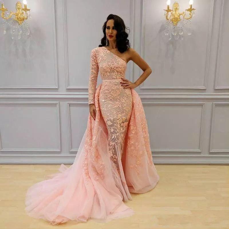 Melocotón Overskirt Sirena Vestidos formales de noche Desgaste de la noche Un hombro Manga Larga Blush Peach Sweep Train YouSef Aljasti Encaje Floral Dress