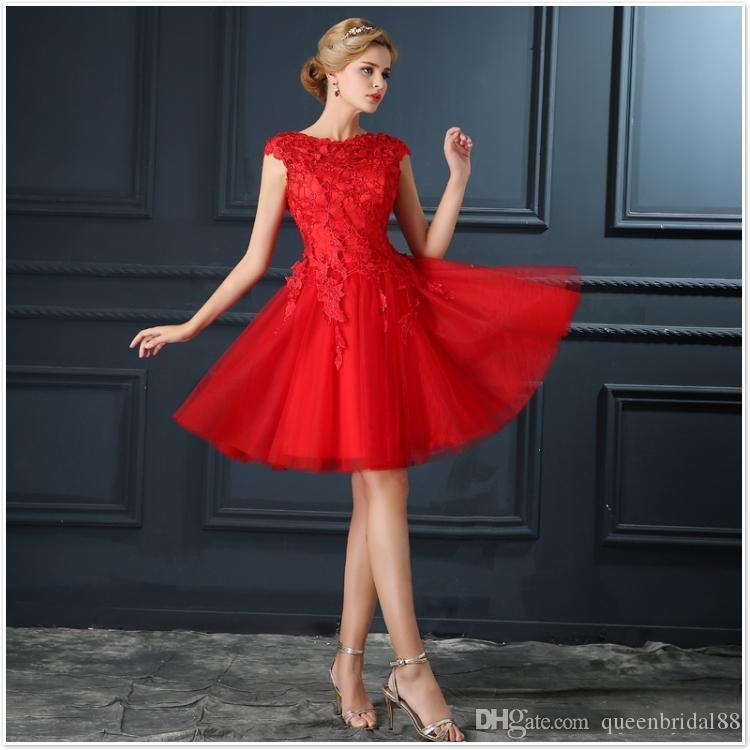 2019 Short Tulle Red Homecoming Dresses Lace Up Back Applique Capped Sleeves Cocktail Party Gowns Maid of Honor Dress