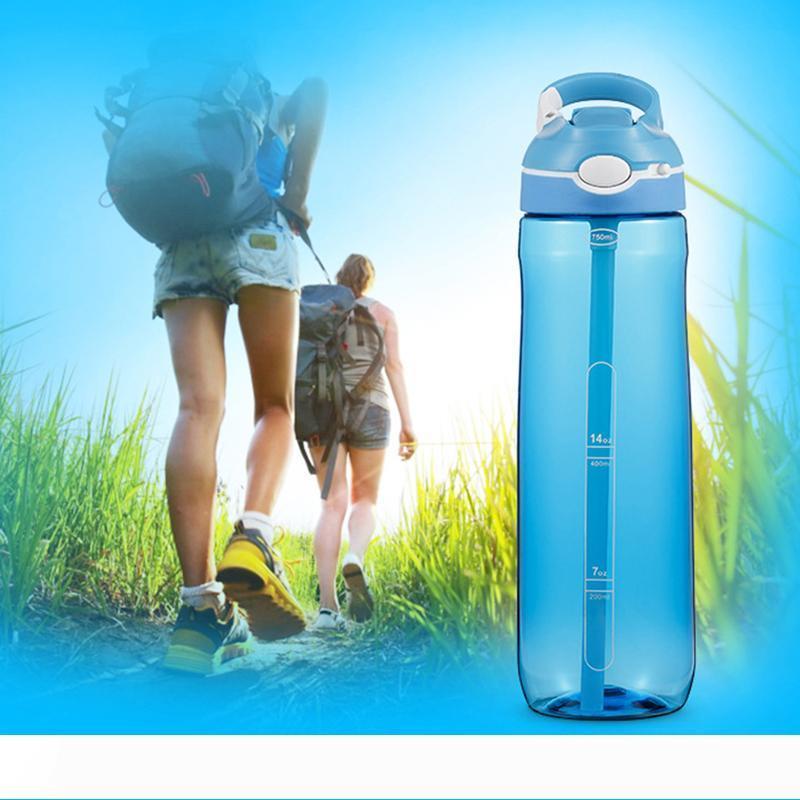 Botella de 750 ml 25 oz Deporte acuático con las botellas de plástico de grado alimenticio paja estancos de gran capacidad de deporte al aire libre los viajes de camping Botella DBC DH1128